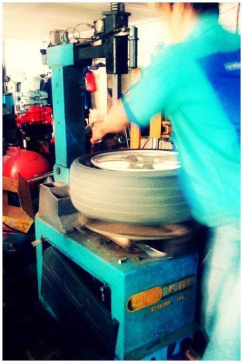 267_tire_opener